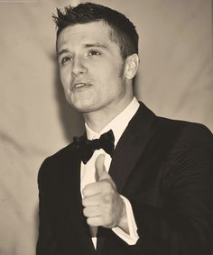 Josh Hutcherson all dressed up. How I love a man in a suit!