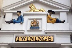 The History of London Tour in 4 Drinks for Two | Activity Superstore