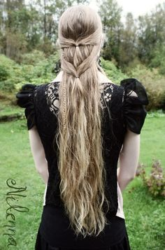 great for super long hair. frenched halfup down the length with accent braids freely hanging on the sides