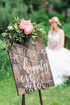 """""""A Sign of My Love to You"""" – 30 Wonderful Wedding Signs   by Jenny Cox Holman  http://idoyall.com/uncategorized/a-sign-of-my-love-to-you-wonderful-wedding-signs/  Creative wedding signs are all the craze for unique accents to wedding ceremonies, cocktail hours and receptions."""