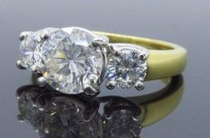 Jeff Cooper GIA Certified Three-Stone Diamond Engagement Ring In Excellent Condition For Sale In Webster, NY