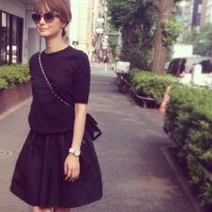 #outfit #tops #ENFOLD #skirt #acnestudios #sunglasses #stellamccartney