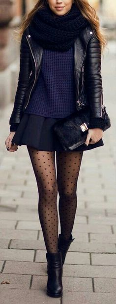 All black everything outfit with dotted tights for winter