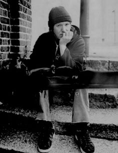 Elliott Smith: One of the most beautiful musicians - he leaves a lasting impression on us all.