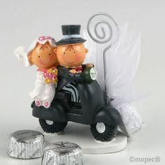 Os presentamos a #PityPita motorizados en esta versión portatarjeta/portafoto con 2 bombones. ¡Descubre toda la colección Pit & Pita® en moto para #bodas!