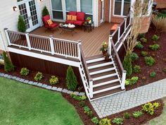 Deck - exterior - baltimore - American Deck and Patio Small Deck Decorating Ideas, Landscaping Around Deck, Landscaping Ideas, Deck Skirting, Deck Colors, Cool Deck, Decks And Porches, Patio Design, Backyard Designs