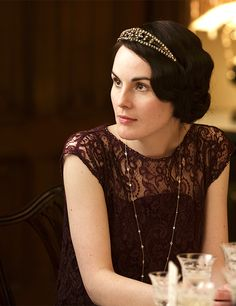 I want to live inside downton abbey, just to wear clothes like this. Do fictional characters count as idols? too bad :)