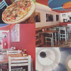 #soyfan de las pizzerías artesanales. O sea qué más puedes pedir? Orilla delgada y crujiente pero ambiente tranquilo pero música de los grandes pero buen sazón pero menú vegetariano pero mobiliario vintage pero ubicación privada.  Si me encanta descubrir y conocer lugares así. Gracias #queretaro van dos.  #esdegordos #somosgordos #food #foodie #foodporn #foodstagram #ilovefood #pizza #pizzalover #pizzacasera #pizzatime #margherita #margheritapizza