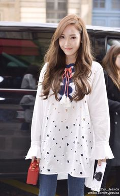 Jessica Jung and her gorgeous updates from Paris Snsd Fashion, Fashion Line, Korean Fashion, Fashion Outfits, Fashion Hub, Jessica & Krystal, Krystal Jung, Mamamoo, Jessi Kpop
