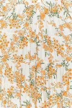 Imagem 8 de VESTIDO COM ESTAMPADO FLORAL da Zara Textile Design, Fabric Design, Pattern Design, Print Design, Flower Patterns, Print Patterns, Canvas Background, Cloth Flowers, Flower Graphic