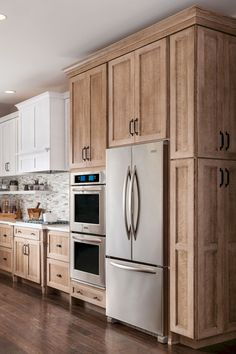 Dark, light, oak, maple, cherry cabinetry and wood kitchen cabinets cleaning tips. CHECK THE PIC for Various Wood Kitchen Cabinets. Custom Kitchen Cabinets, Kitchen Cabinet Design, Kitchen Designs, Kitchen Decor, White Cabinets, Natural Wood Kitchen Cabinets, Stained Kitchen Cabinets, Kitchen Ideas Light Brown Cabinets, Diy Kitchen