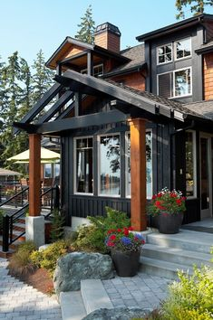 I'm seeing a colour trend in my picks - does that mean I'm stick in a rut! Black House Exterior, Exterior House Siding, Cottage Exterior, Modern Farmhouse Exterior, Craftsman Exterior, Exterior House Colors, Exterior Design, Exterior Paint, Paint Colors For Home