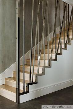 Nowoczesne schody z oryginalną balustradą - Architektura, wnętrza, technologia, design - HomeSquare