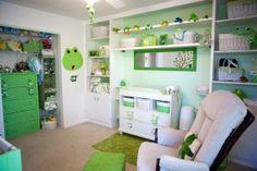 Green Frog Nursery Theme and I love the shelves Boy Nursery Bedding, Nursery Room Decor, Bedroom Themes, Nursery Themes, Themed Nursery, Frog Nursery, Frog House, Neon Room, Crib Sets