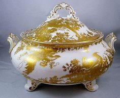 Royal Crown Derby GOLD AVES Covered Vegetable Dish PERFECT