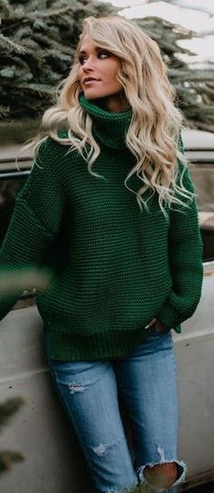 #Winter #Outfits / Green Turtleneck Sweater + Jeans