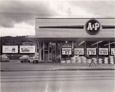 A & P Grocery Store always loved going to this store with grandma in the 40'. 50 and 1960's. this and piggly wiggly