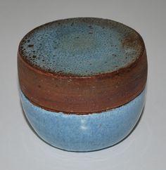 Lisbeth Munch Petersen, hard fired earthenware, own studio - Gudhjem, Denmark. W: 7 cm.