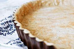 Pâte à tarte facile à l'huile d'olive et à la farine complète Recette sur Chocolate & Zucchini en VF