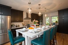 Brighten Your Home Just Like Bridget And Tom Did On Property Brothers With These Savoy House