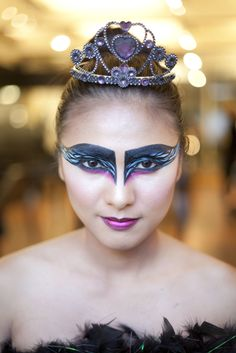 DIY Halloween Makeup! Your Guide To Three Awesome Looks #refinery29  http://www.refinery29.com/22667#slide12  Refinery29's intern Eunice Tanos, Black Swan-ified! Photographed by Caro Ramirez