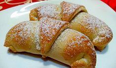 Šlehačkové rohlíčky s jablečnou náplní Ciabatta, Pretzel Bites, French Toast, Food And Drink, Gluten Free, Bread, Breakfast, Sweet, Recipes
