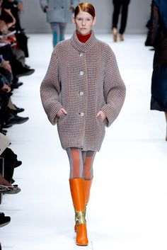 Issey Miyake | Fall 2012 Ready-to-Wear Collection | Vogue Runway