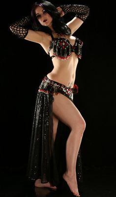 Sort of my style. Goth belly dancing is neat, but I lean towards more traditional garb. Generally.