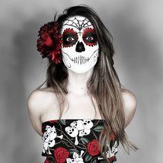 Fácil e Original!   Quer uma inspiração diferente de todos os monstros que vemos por aí nas festas de Halloween ? Estes são makes inspirados...