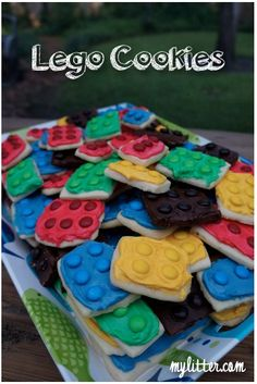 How to make Lego Cookies for a Lego Birthday Party! - MyLitter - One Deal At A Time Lego Birthday Party, Boy Birthday, Birthday Parties, Birthday Ideas, Birthday Cakes, Lego Cookies, Cupcake Cookies, Sugar Cookies, Minion Cookies
