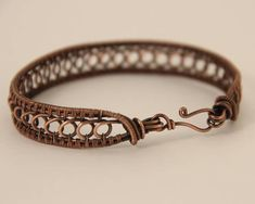 Hand woven copper bracelet. This bracelet is made to fit an average-sized wrist. If you need an extra small or a larger bracelet, please let me know! I am happy to make one to fit your wrist. If you are concerned about fit, please feel free to send me your wrist diameter.