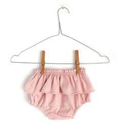 Stuff her clothing by using color and interesting as a result of our clothes and niknaks for baby girl dresses. Free Baby Patterns, Baby Dress Patterns, Baby Clothes Patterns, Baby Knitting Patterns, Clothing Patterns, Sewing Baby Clothes, Baby Sewing, Baby Outfits, Cute Baby Dresses