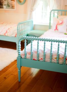 I like the turquoise Jenny Lind beds, Anthro wallpaper and adorable artwork–especially the Katie Daisy, Thanks House of Turquoise! Girls Bedroom, Bedroom Decor, Childs Bedroom, Kid Bedrooms, Boy Rooms, Kids Rooms, Shabby Bedroom, Lego Bedroom, Minecraft Bedroom