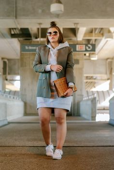 How to rock the casual chic look Casual Dress Outfits, Curvy Outfits, Chic Outfits, Grunge Outfits, Winter Fashion Outfits, Fall Winter Outfits, Autumn Fashion, Winter Wear, Plus Size Summer Outfit