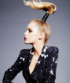 Jazz up your look by trying any of those stylish and glam high ponytail hairstyles which come in various styles as; wrapped, straight, curly, etc. Slick Ponytail, High Ponytail Hairstyles, High Ponytails, Sleek Hairstyles, Black Women Hairstyles, Weave Hairstyles, Fashion Hairstyles, Prom Hairstyles, Hairdos