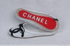 chanel flip flops -I want some...