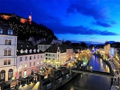 Short timelapse video of Ljubljana capital of Slovenia. Christmas In Europe, Christmas Time, Holiday, Bohinj, Dresden Germany, Lake Bled, Spiegel Online, Alpine Lake, The Beautiful Country