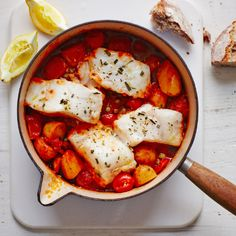 One-pot cod with peppers, tomatoes and potatoes