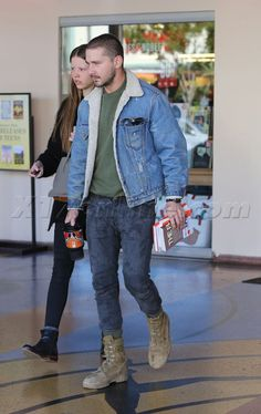 Normcore Fashion, Tomboy Fashion, Streetwear Fashion, Timbs Outfits, Dope Outfits For Guys, Denim Shirt With Jeans, Business Casual Outfits, Shia Labeouf Body, Mens Fashion Suits