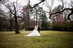#Twinoaks James and Amanda's #memphis wedding. Photo // Evan David Photography
