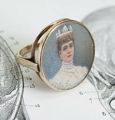 Queen Alexandra Portrait Ring, $800.00