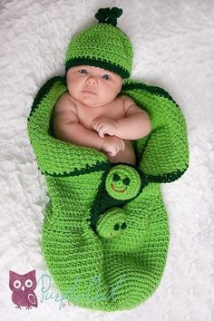 3Peas in a Pod Cocoon and Beanie Crochet Pattern 142pdf here