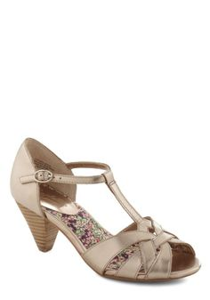 Seychelles Found My Way Heel in Copper | Mod Retro Vintage Heels | ModCloth.com