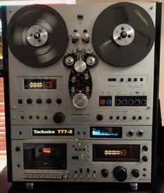 Technics Modified by J-Corder Luxury Audio hi - fi reel to reel recorder Hifi Amplifier, Audiophile, Technics Hifi, Hifi Audio, Hifi Stereo, Magnetic Tape, Recording Studio Design, Professional Audio, Tape Recorder