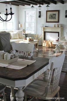FARMHOUSE 5540: Family Room Part Two
