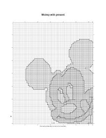 free Christmas cross stitch and crafts: Mickey Mouse with present 1st Christmas, Christmas Cross, The 5th Of November, Mistletoe, Candy Cane, Reindeer, Winnie The Pooh, Cross Stitch Patterns, Mickey Mouse