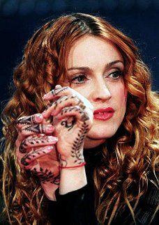celebrity henna on pinterest madonna henna and alanis morissette. Black Bedroom Furniture Sets. Home Design Ideas