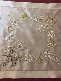 H Couture Embroidery, Gold Embroidery, Embroidery Patterns, Crochet Patterns, Desi Love, Flower Patterns, Tatting, Needlework, Embellishments