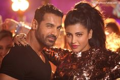 Cast: John Abraham, Shruti Hassan, Anil Kapoor, Nana Patekar, Paresh Rawal, Naseeruddin Shah, Dimple Kapadia Direction: Anees Bazmee Rating: **½ 'Welcome Back' has everything that a slapstick Bo