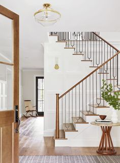 Start using these interior decor suggestions to perk up your house and give it new life. Home designing is entertaining and will change your house into a home if you learn how to get it done. Staircase Railings, Staircases, Banisters, Iron Stair Spindles, Metal Balusters, Modern Stair Railing, Stair Railing Design, Wrought Iron Stairs, Railing Ideas